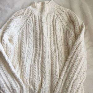 Turtle 🐢 high neck winter ❄️ wool white pullover